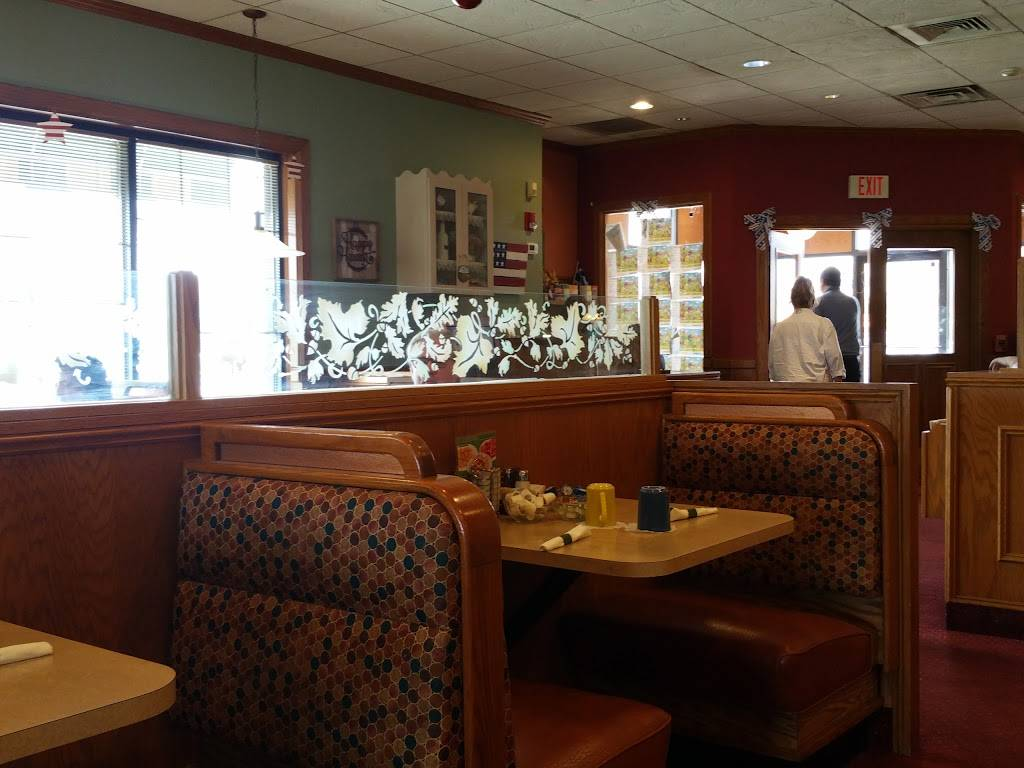 Harvest Pancake House & Grill | restaurant | 339 W 63rd St, Westmont, IL 60559, USA | 6309603895 OR +1 630-960-3895