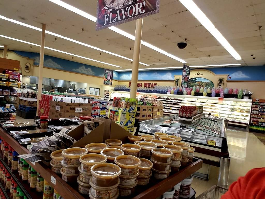 Cardenas Markets | bakery | 301 S Lincoln Ave, Corona, CA 92882, USA | 9513719030 OR +1 951-371-9030