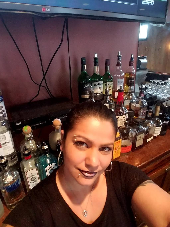 BLVD Bar and Grill   restaurant   401 Boulevard, Elmwood Park, NJ 07407, USA   2017033311 OR +1 201-703-3311