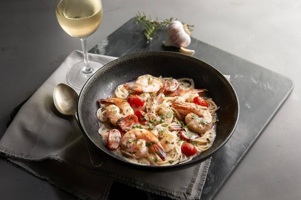 Romanos Macaroni Grill | restaurant | 14904 N Dale Mabry Hwy, Tampa, FL 33618, USA | 8132646676 OR +1 813-264-6676
