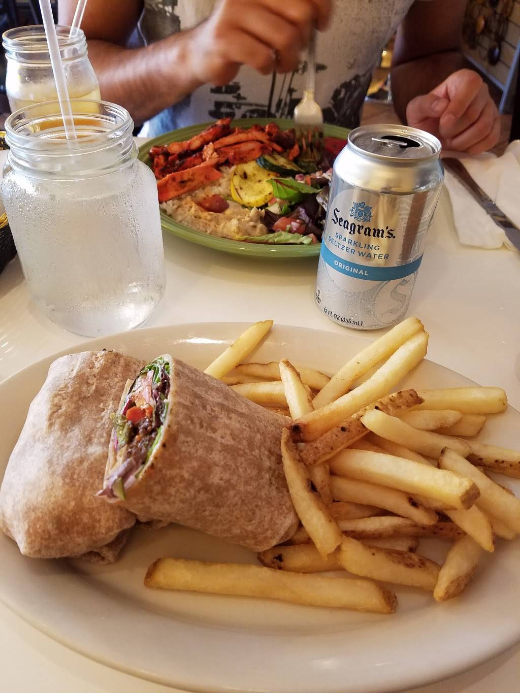 Garbanzo Grill | meal delivery | 3706 Park Ave, Weehawken, NJ 07086, USA | 2017664012 OR +1 201-766-4012