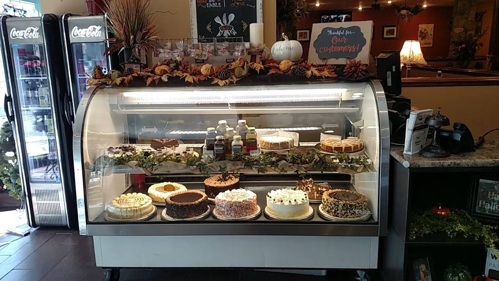 River House Cafe | cafe | 506 McKean Ave, Charleroi, PA 15022, USA | 7245655700 OR +1 724-565-5700