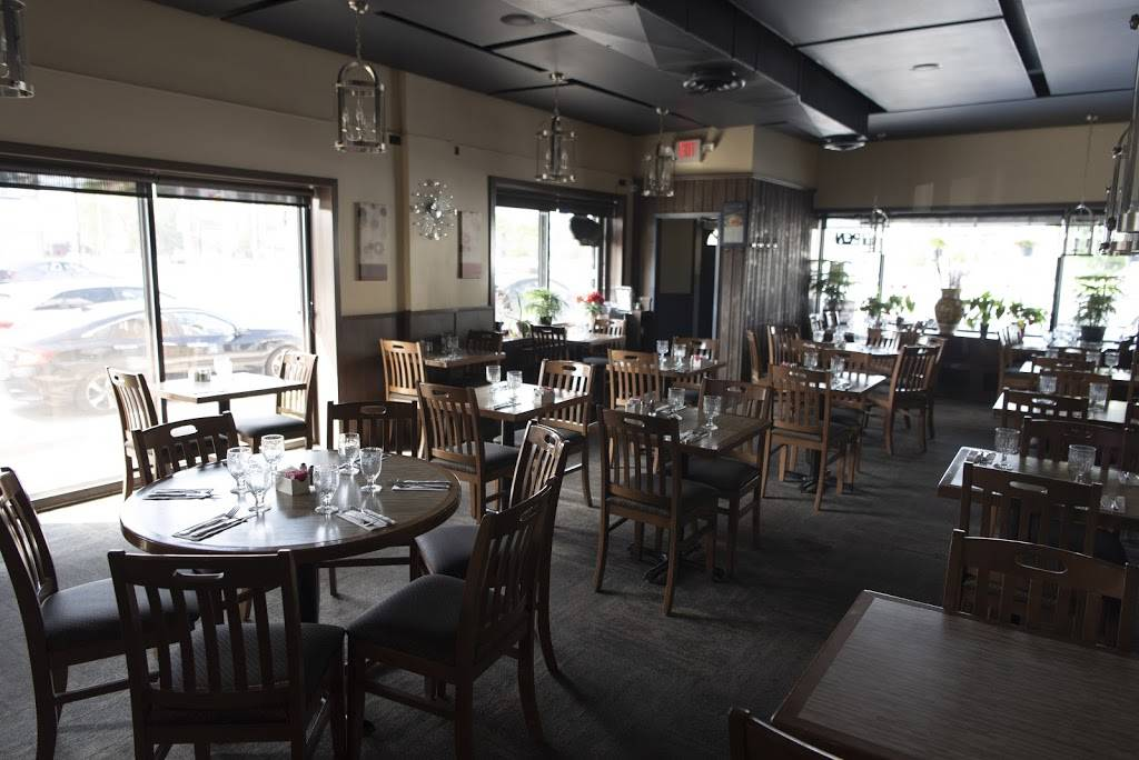 Laterna Dining Room | restaurant | 6301 Yonge St, North York, ON M2M 3X7, Canada | 4162212501 OR +1 416-221-2501