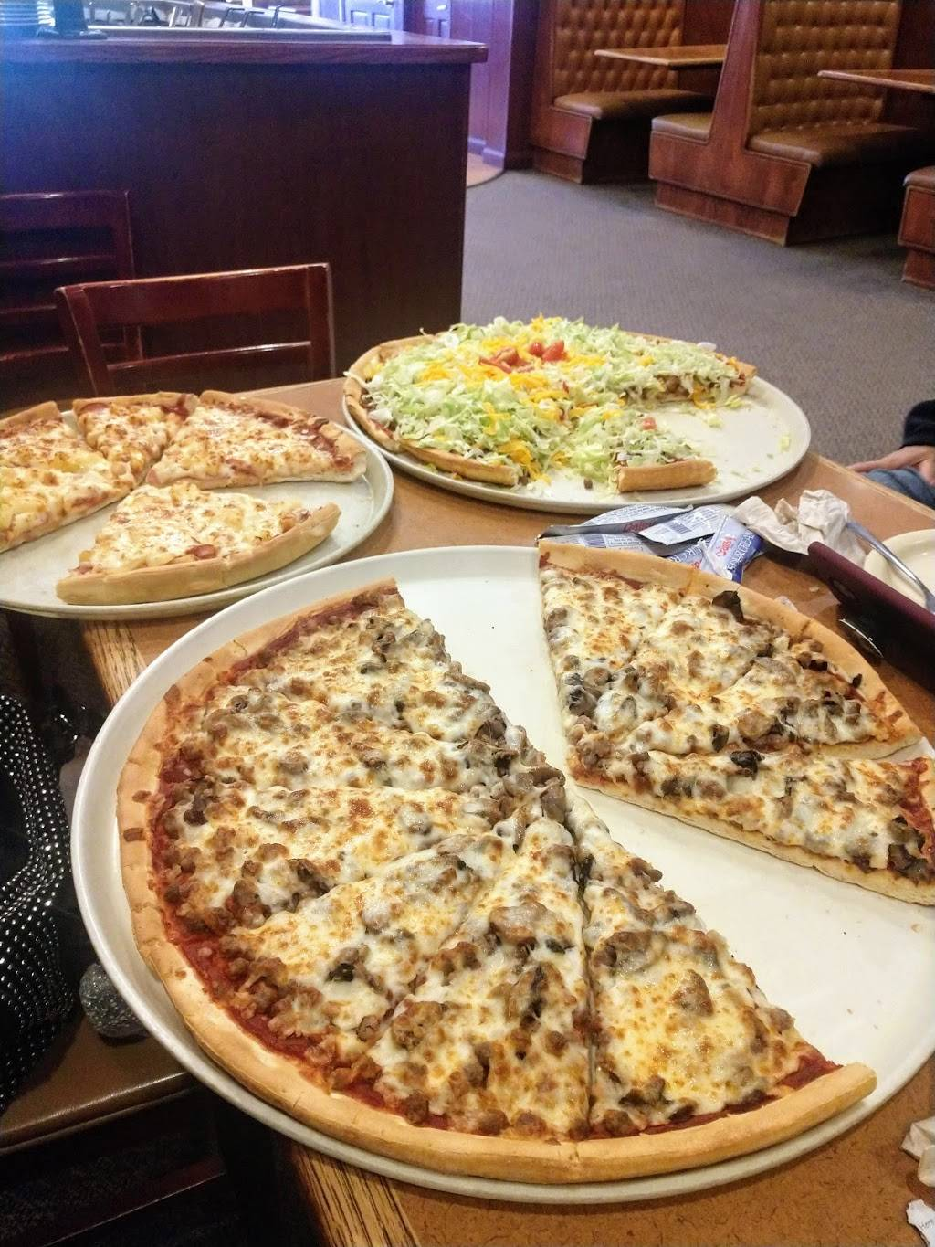 Godfathers Pizza | meal delivery | 770 33rd Ave, Columbus, NE 68601, USA | 4025648515 OR +1 402-564-8515
