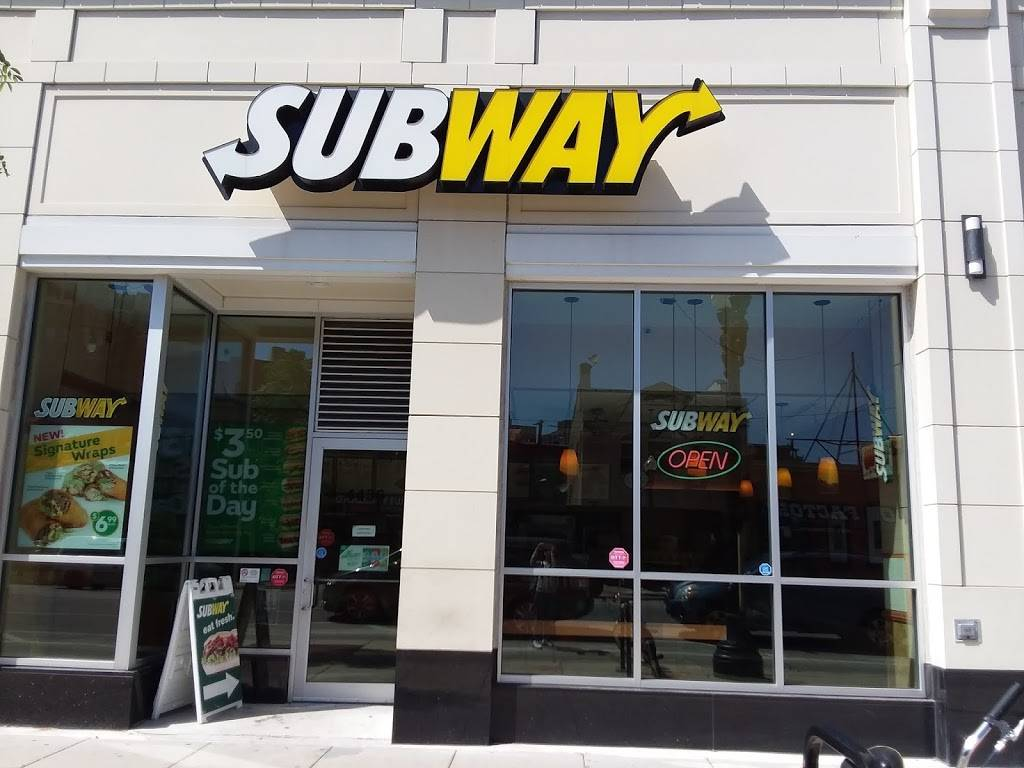 Subway Restaurants | restaurant | 4436 N Broadway H, Chicago, IL 60640, USA | 7737282477 OR +1 773-728-2477