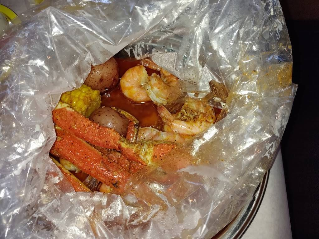 Hungry Crab Juicy Seafood & Bar Winter Haven FL | restaurant | 1551 3rd St SW, Winter Haven, FL 33880, USA | 8632018888 OR +1 863-201-8888