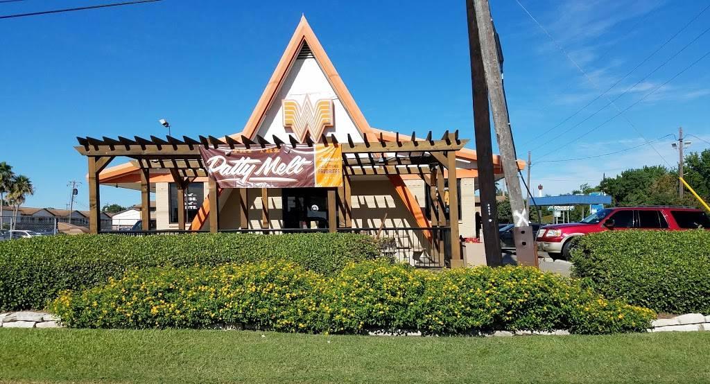 Whataburger   restaurant   4800 Twin City Hwy, Groves, TX 77619, USA   4099632623 OR +1 409-963-2623