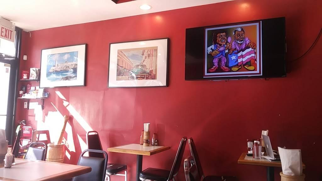 Mis Raices | restaurant | 1213 Teaneck Rd, Teaneck, NJ 07666, USA | 2015307233 OR +1 201-530-7233