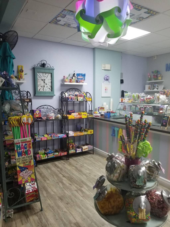 Ottaways Parkside Ice Cream Parlor | restaurant | 5641 Main St, New Port Richey, FL 34652, USA | 7274846937 OR +1 727-484-6937