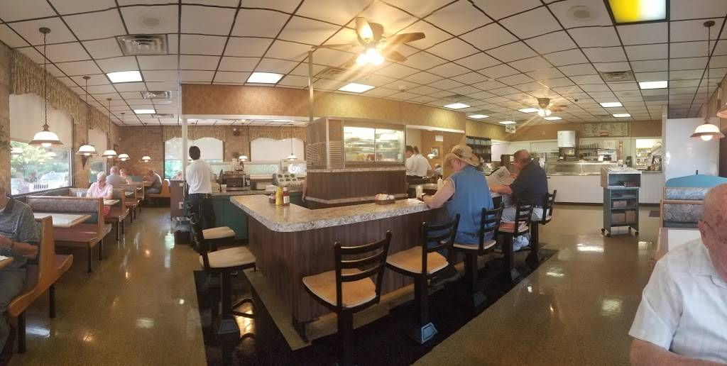 Clairs Family Restaurant   restaurant   1486 Grandview Rd, Hanover, PA 17331, USA   7176322077 OR +1 717-632-2077