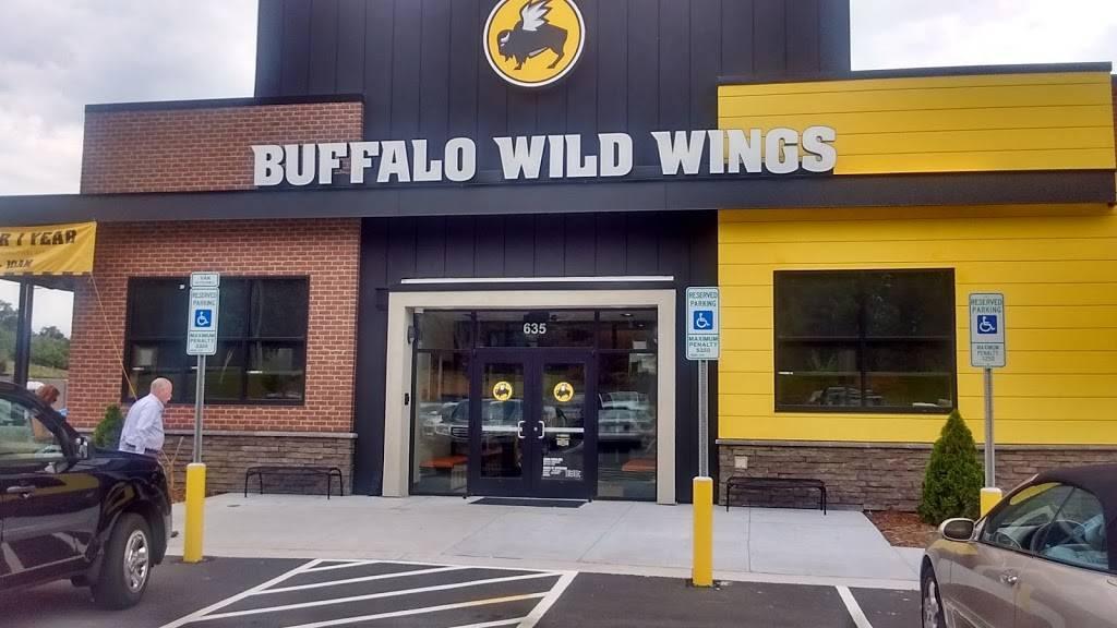 Buffalo Wild Wings   restaurant   635 W Fleming Dr, Morganton, NC 28655, USA   8284337550 OR +1 828-433-7550