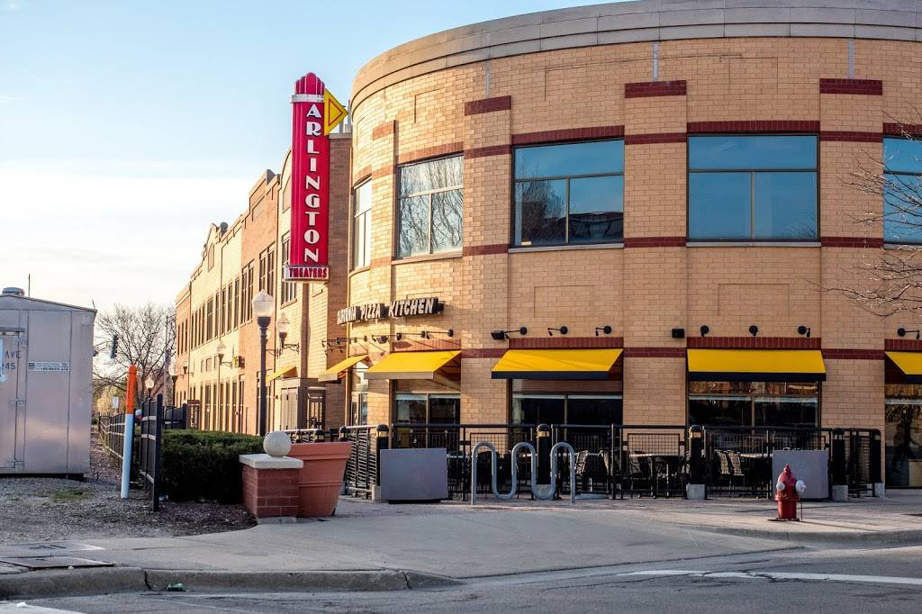 California Pizza Kitchen at Arlington Town Square | restaurant | 3 S. Evergreen Ave Arlington Town Square, Arlington Heights, IL 60005, USA | 8475900801 OR +1 847-590-0801