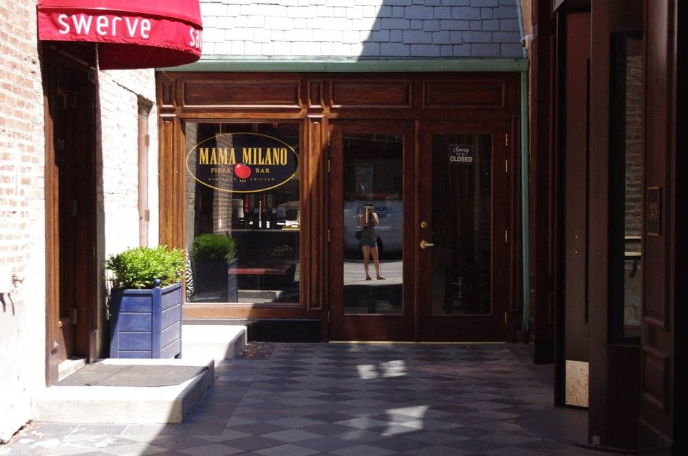 Mama Milano Pizza Bar   restaurant   1421 N Wells St, Chicago, IL 60610, USA   3127873710 OR +1 312-787-3710