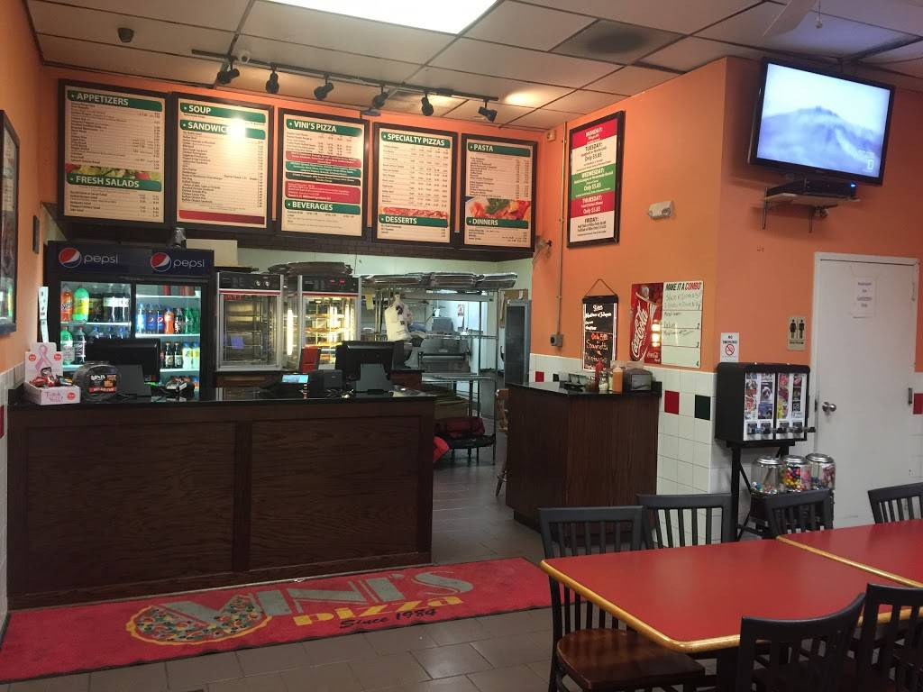 Vinis Pizza and Catering | meal delivery | 39 S Arlington Heights Rd, Elk Grove Village, IL 60007, USA | 8474377100 OR +1 847-437-7100