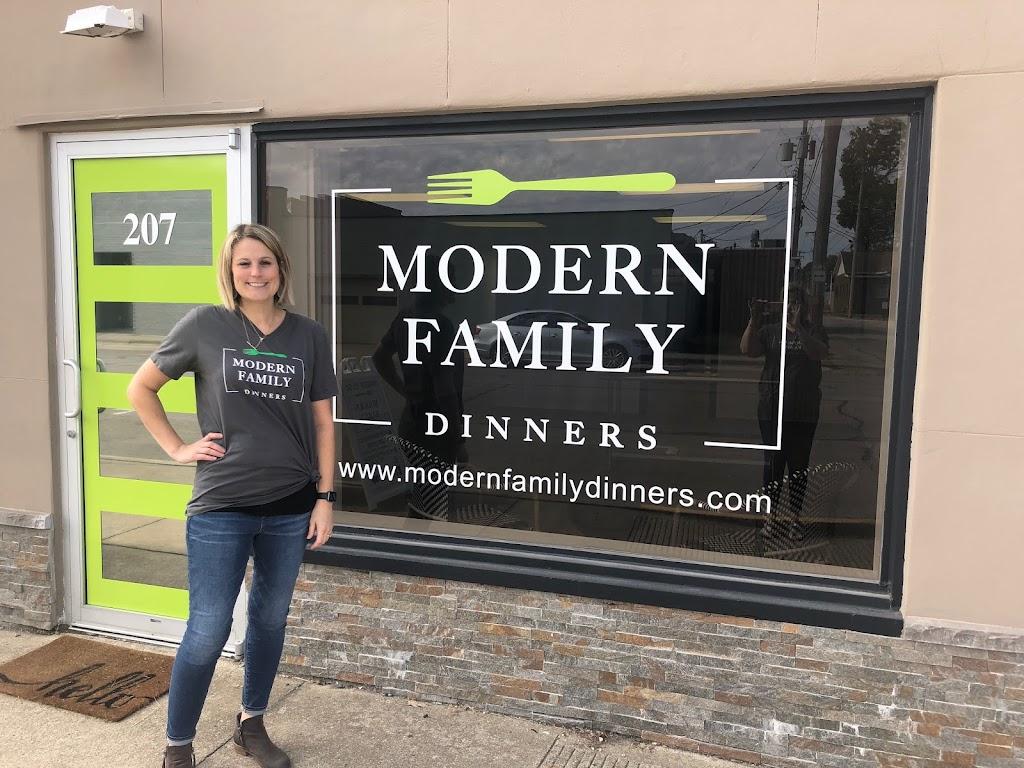 Modern Family Dinners   restaurant   207 N 4th St, Effingham, IL 62401, USA   2178219411 OR +1 217-821-9411