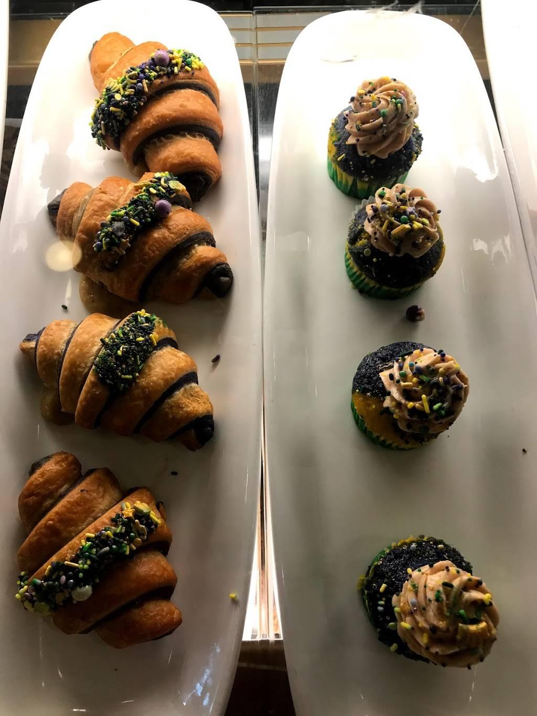 Croissant Moon Bakery | bakery | 6000 Universal Blvd, Orlando, FL 32819, USA | 4073638000 OR +1 407-363-8000