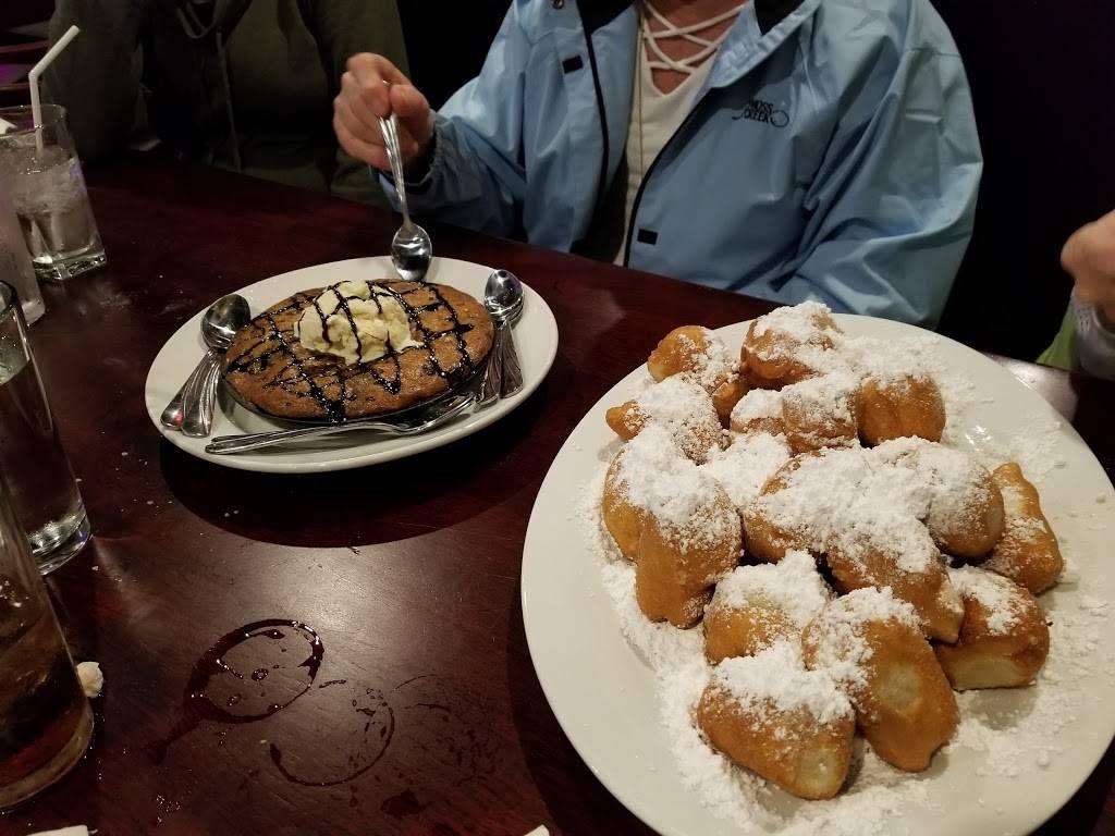 Basilico Italiano   restaurant   10020 Edison Square Dr NW, Concord, NC 28027, USA   9807810321 OR +1 980-781-0321
