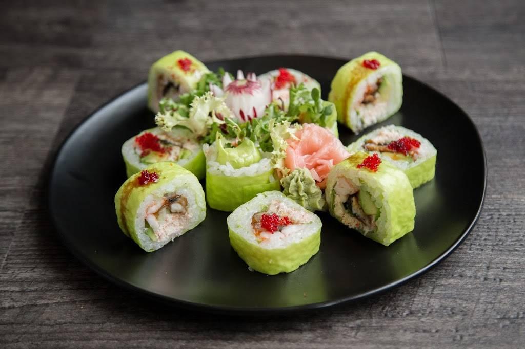 Green Tea Japanese Restaurant | restaurant | 2206 N Clark St, Chicago, IL 60614, USA | 7738838812 OR +1 773-883-8812