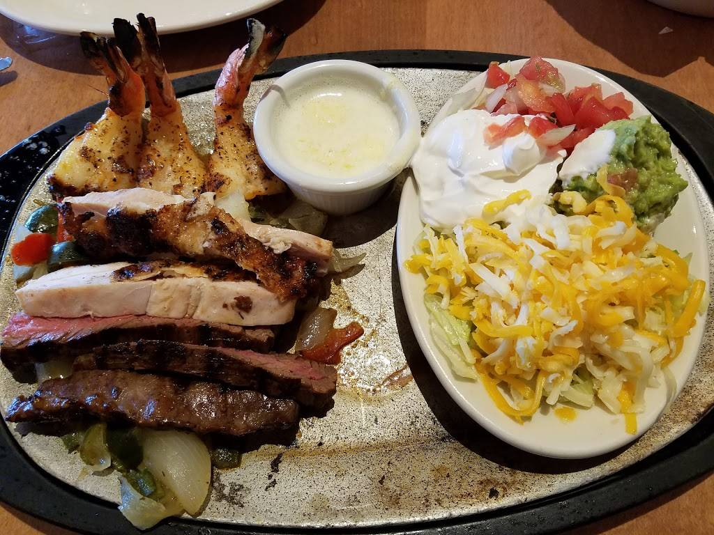 Uncle Julios Mexican From Scratch   restaurant   15845 South La Grange Road, Orland Park, IL 60462, USA   7089424700 OR +1 708-942-4700