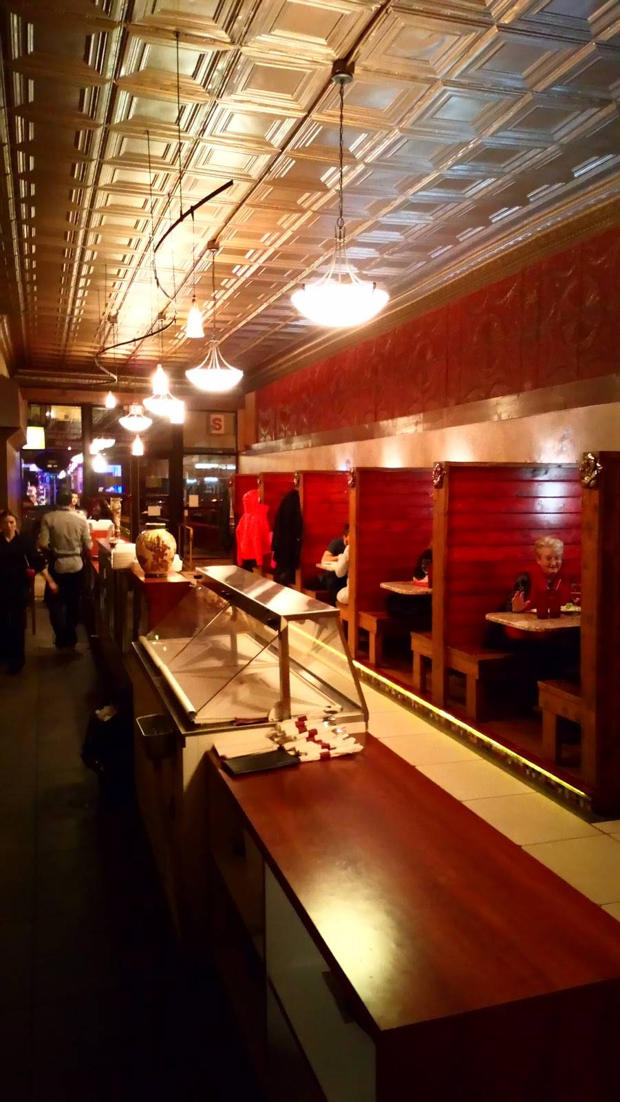 Luigis | restaurant | 1610 Broadway Ave, Mattoon, IL 61938, USA | 2172342268 OR +1 217-234-2268
