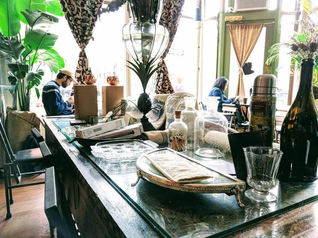Urban Vintage | cafe | 294 Grand Ave, Brooklyn, NY 11238, USA | 7187836045 OR +1 718-783-6045