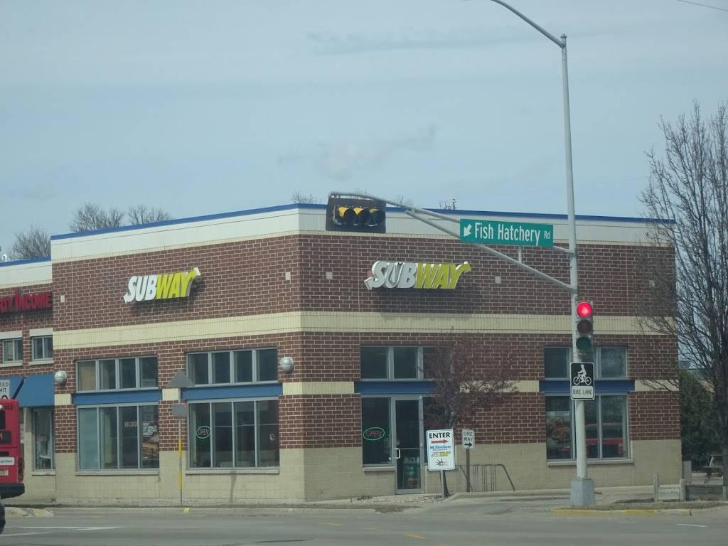 Subway | restaurant | 1 S Park St, Madison, WI 53715, USA | 6082872274 OR +1 608-287-2274