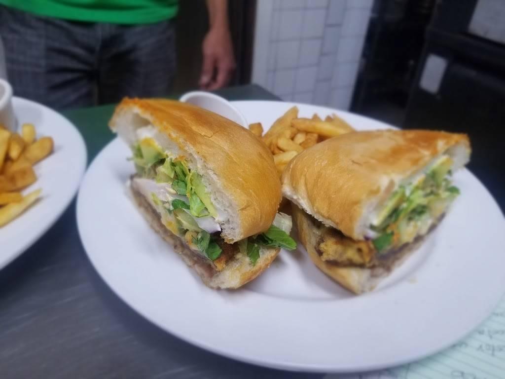 Fajitas house grill inc   restaurant   4204 N Arlington Heights Rd STE E, Arlington Heights, IL 60004, USA   8477493295 OR +1 847-749-3295