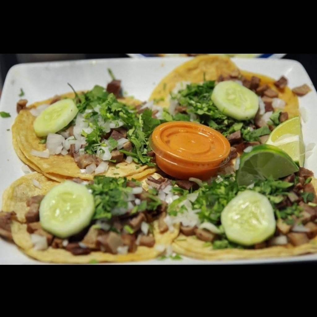 Taqueria Los Tres Hermanos   restaurant   415 E High Ave, New Philadelphia, OH 44663, USA   3304407298 OR +1 330-440-7298