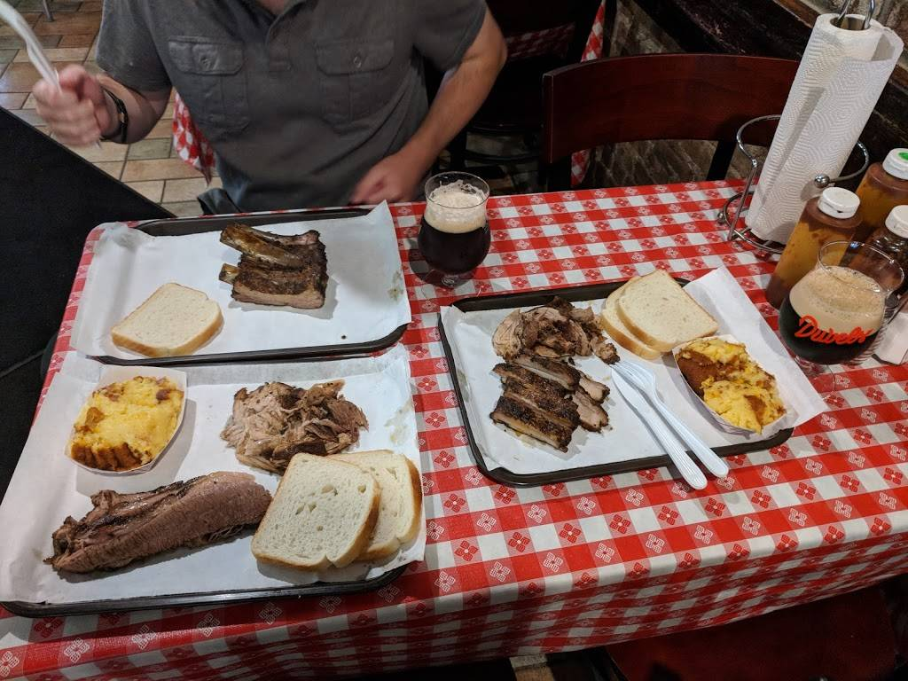 John Brown Smokehouse | restaurant | 10-43 44th Dr, Long Island City, NY 11101, USA | 3476171120 OR +1 347-617-1120