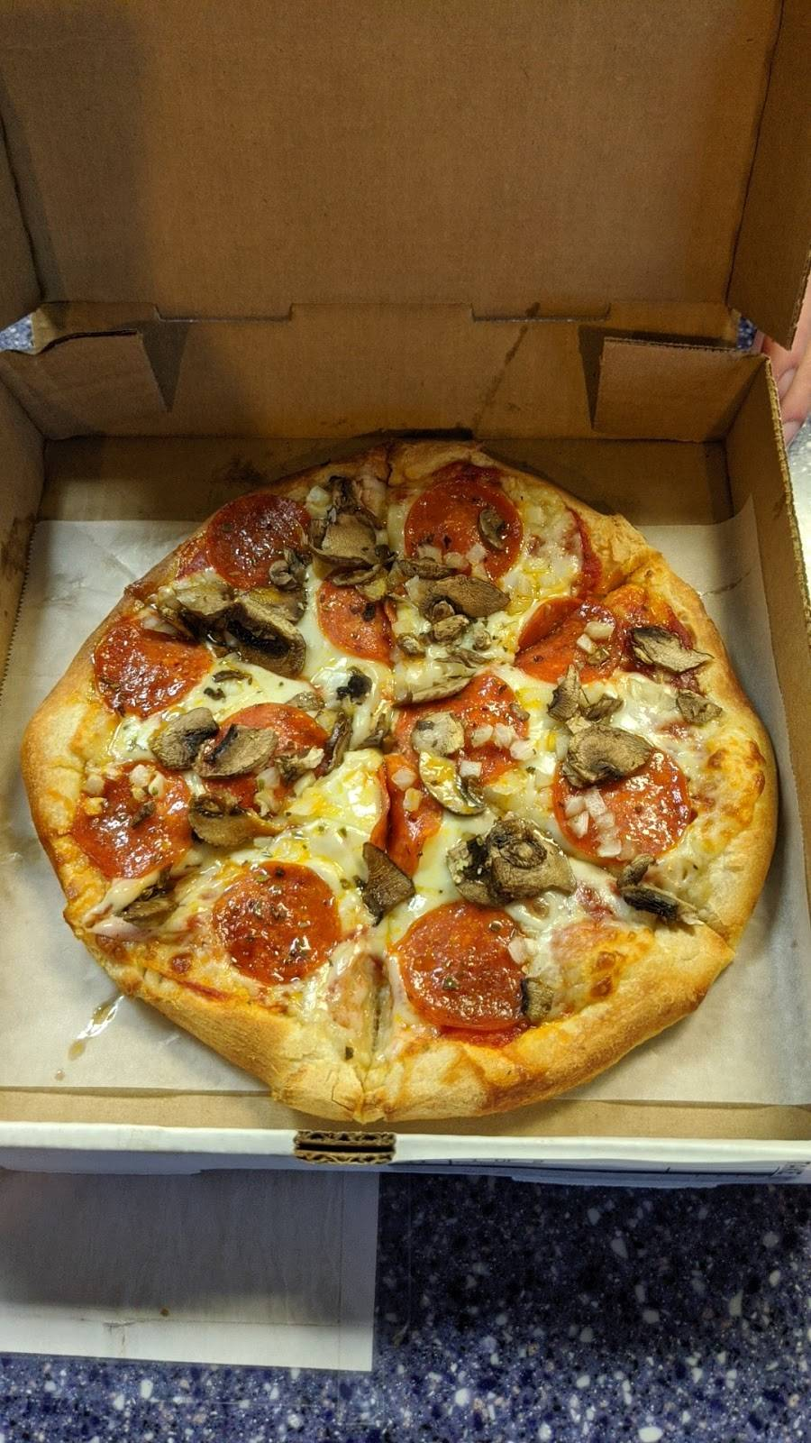 Moon Dog | restaurant | 1099 Old Berry Dr, Abingdon, VA 24210, USA | 2765251655 OR +1 276-525-1655