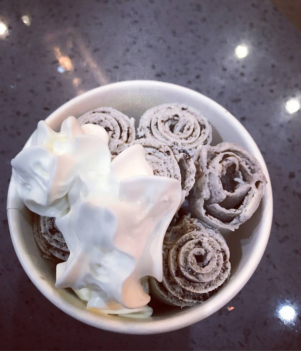 LaChloe Cafe and Rolled Ice Cream | bakery | 6885 SW 18th St b7, Boca Raton, FL 33433, USA | 5613342088 OR +1 561-334-2088