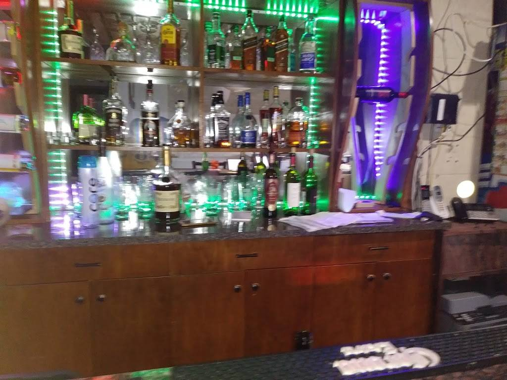 Club Valle   restaurant   352 E Gun Hill Rd, Bronx, NY 10467, USA   7187983755 OR +1 718-798-3755