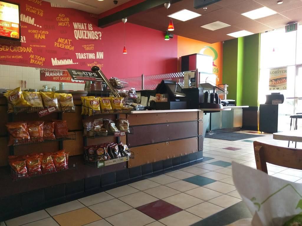 Quiznos | restaurant | 12980 Foothill Blvd Ste 130, Sylmar, CA 91342, USA | 8183656565 OR +1 818-365-6565