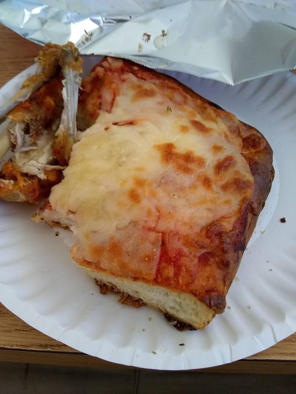 Monte Carlo Pizza | restaurant | 145 S Cameron St, Harrisburg, PA 17101, USA | 7172389404 OR +1 717-238-9404