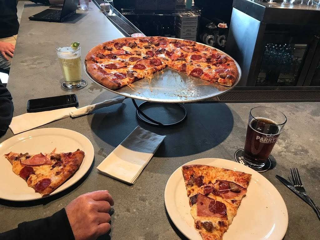 Parrys Pizzeria & Taphouse | restaurant | 5752 Grandscape Blvd #140, The Colony, TX 75056, USA | 9728855144 OR +1 972-885-5144
