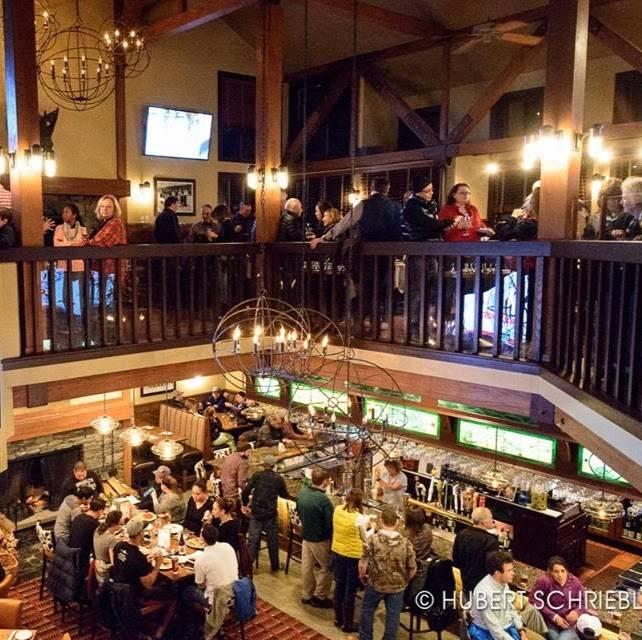 Mulligans   restaurant   11B Village Square, Stratton Mountain, VT 05155, USA   8022979293 OR +1 802-297-9293