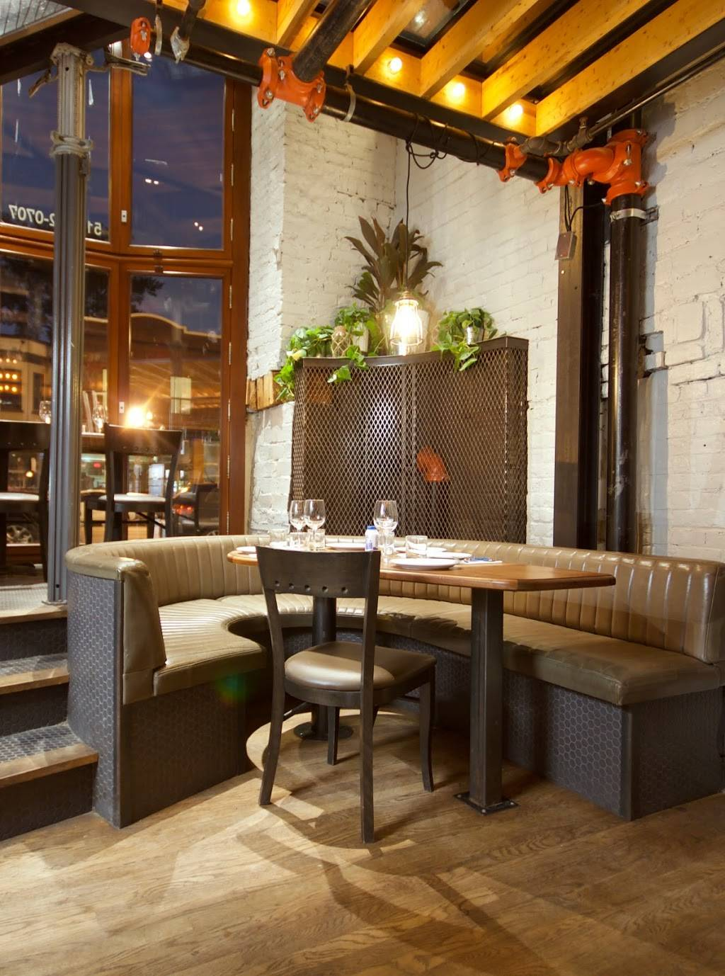 Estiatorio Kavos | restaurant | 4922 Rue Sherbrooke Ouest, Westmount, QC H3Z 1H3, Canada | 5144820707 OR +1 514-482-0707