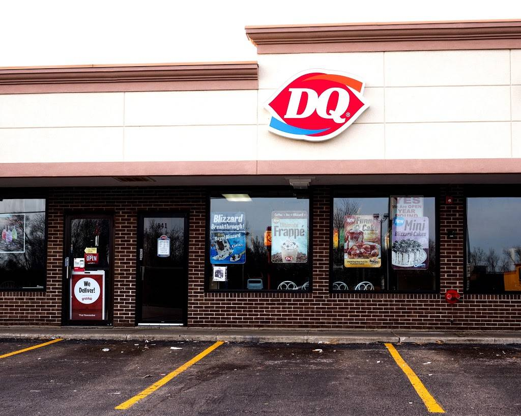 Dairy Queen | restaurant | 841 E Roosevelt Rd, Lombard, IL 60148, USA | 6302611390 OR +1 630-261-1390