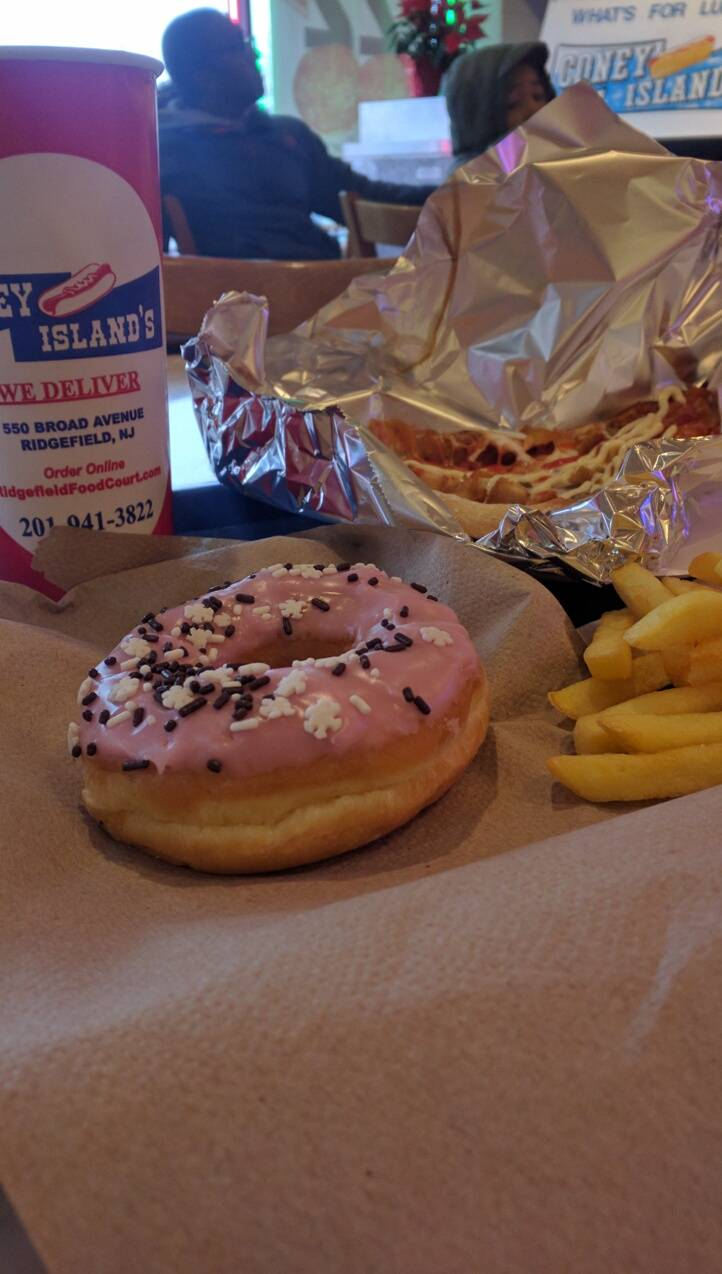 Blimpie   meal delivery   550 Broad Ave, Ridgefield, NJ 07657, USA   2019415353 OR +1 201-941-5353