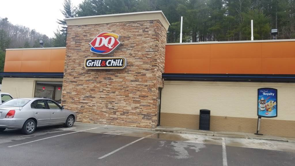 Dairy Queen Grill & Chill | restaurant | 1019 Main St S, McKee, KY 40447, USA | 6062878385 OR +1 606-287-8385