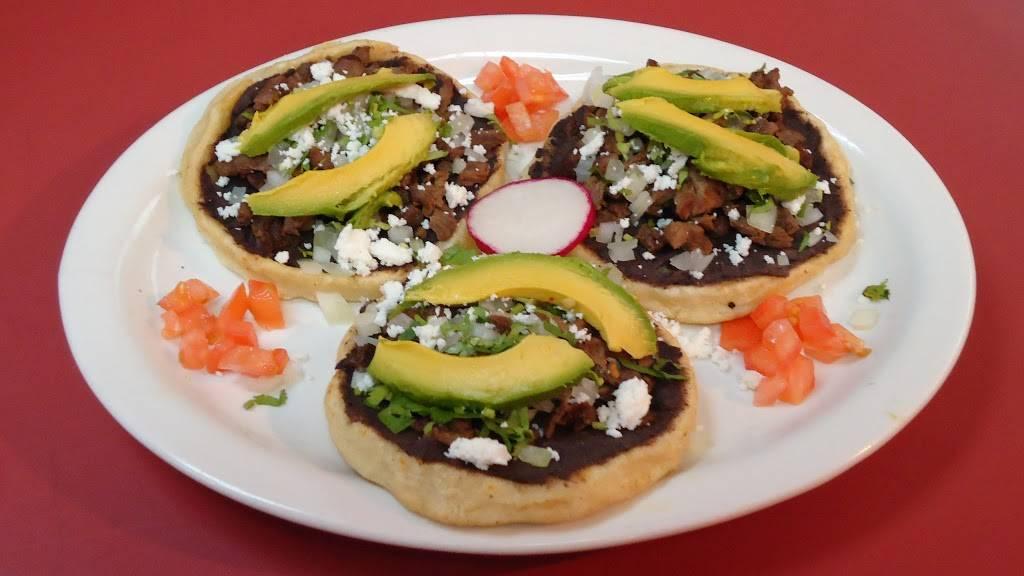 Elenas | restaurant | 5 W Tremont Ave, Bronx, NY 10453, USA | 9177377100 OR +1 917-737-7100