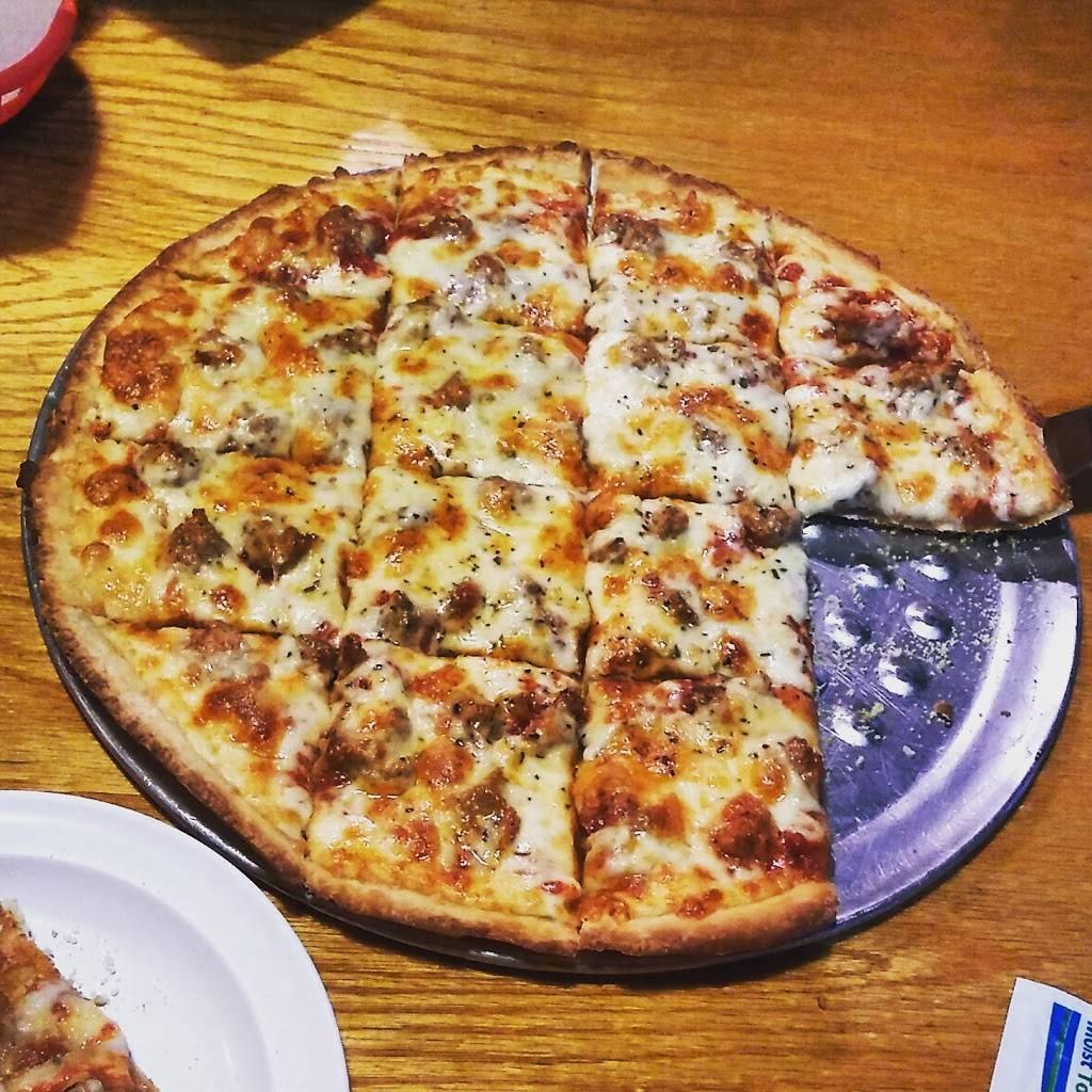 Fifth Quarter Tap | restaurant | 18105 Dixie Hwy, Homewood, IL 60430, USA | 7087982710 OR +1 708-798-2710