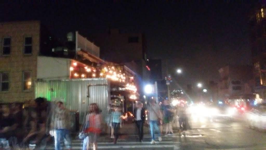Dunkin   cafe   527 Metropolitan Ave, Brooklyn, NY 11211, USA   7187820175 OR +1 718-782-0175