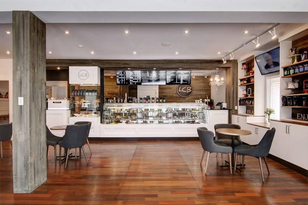 Le Cheesecake Bar LCB   bakery   274 Boulevard Sainte-Rose, Laval, QC H7L 1M2, Canada   5143702299 OR +1 514-370-2299