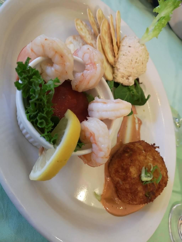 Isabelles | restaurant | 2937 Beach Blvd S, Gulfport, FL 33707, USA | 7273469803 OR +1 727-346-9803