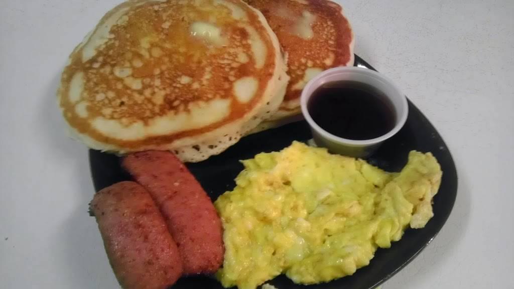 Fish In the Pocket | restaurant | 821 Ralph David Abernathy Blvd, Atlanta, GA 30310, USA | 4047526043 OR +1 404-752-6043