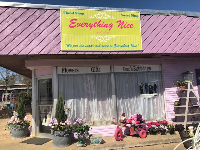 Everything Nice-Stilwell Flowers/CoCos Cafe & Catering   cafe   320 S 2nd St, Stilwell, OK 74960, USA   9186962606 OR +1 918-696-2606