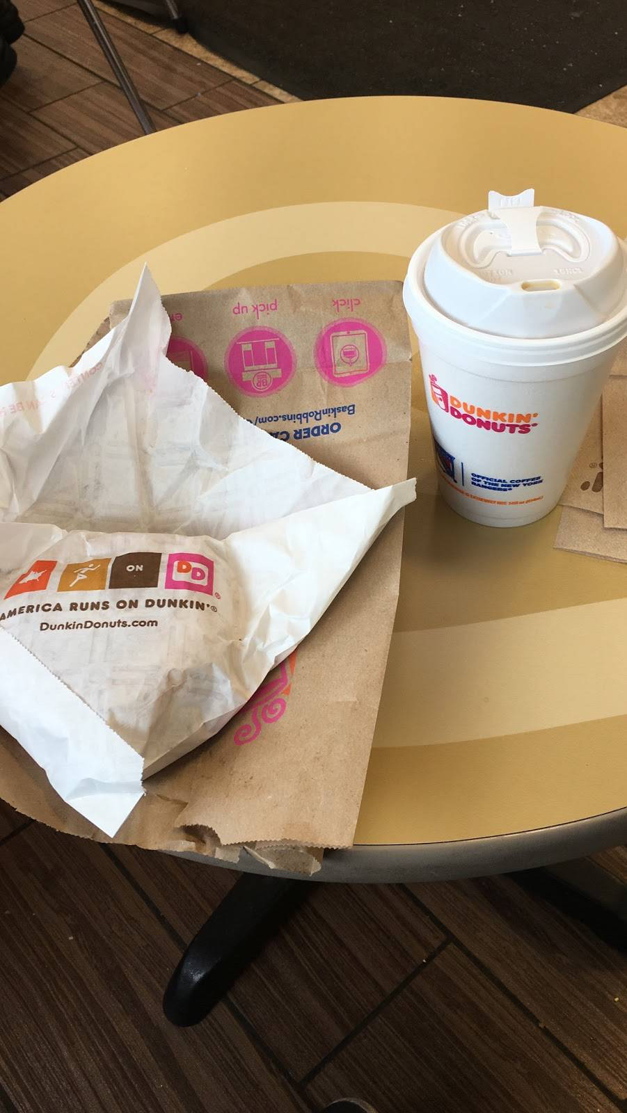 Dunkin Donuts   cafe   7016 Northern Blvd, Flushing, NY 11372, USA   7186721433 OR +1 718-672-1433