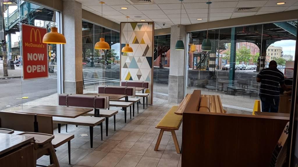 McDonalds | cafe | 839 Westchester Ave, Bronx, NY 10455, USA | 7182158754 OR +1 718-215-8754