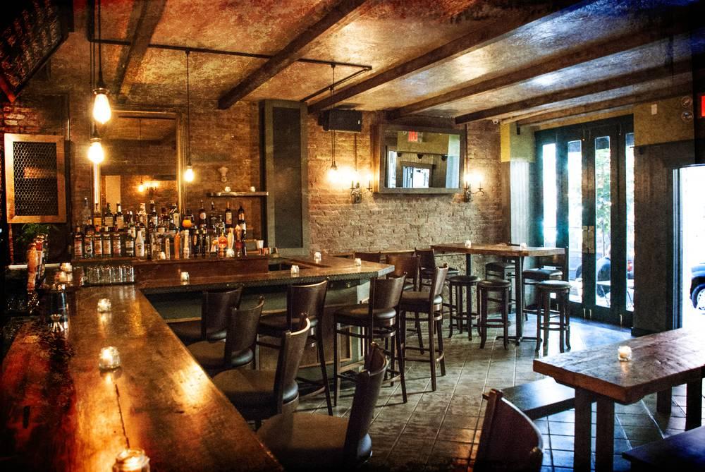 The Malt House | restaurant | 206 Thompson St, New York, NY 10012, USA | 2122287713 OR +1 212-228-7713